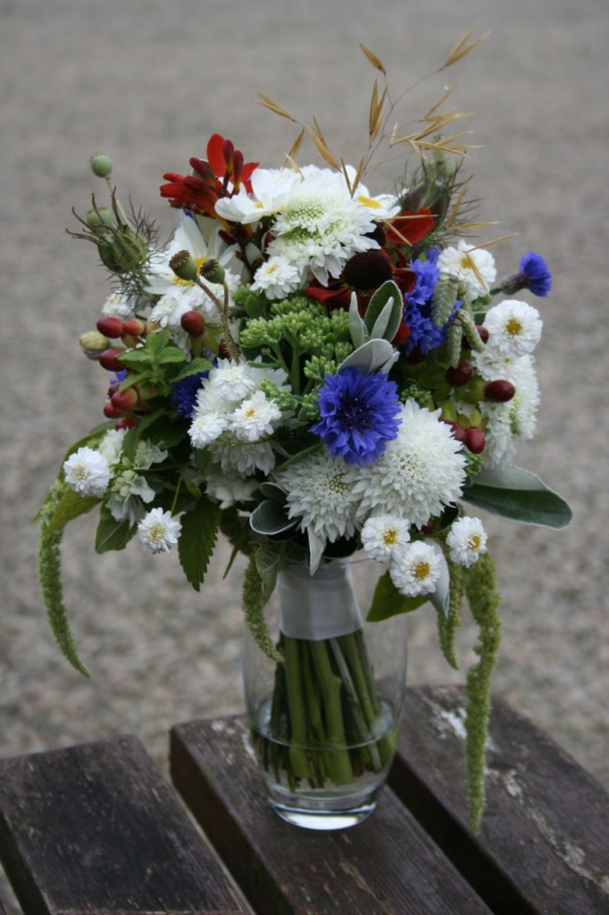 July Scottish Wedding flowers bride