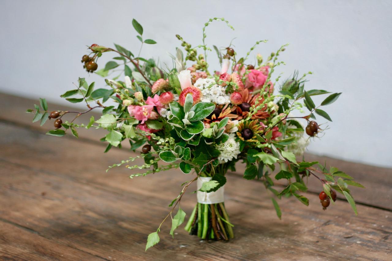 Scottish bridal bouquet using natural Scottish flowers