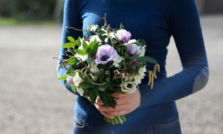 Scottish bridal bouquet using natural Scottish flowers