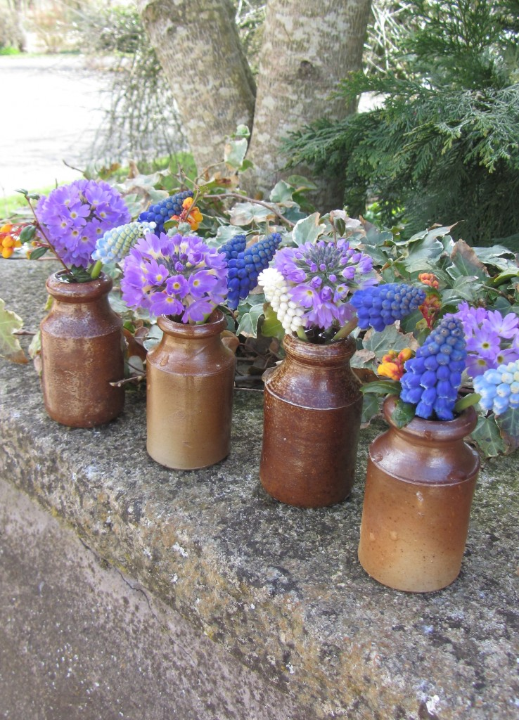 Spring flowers April ink pots