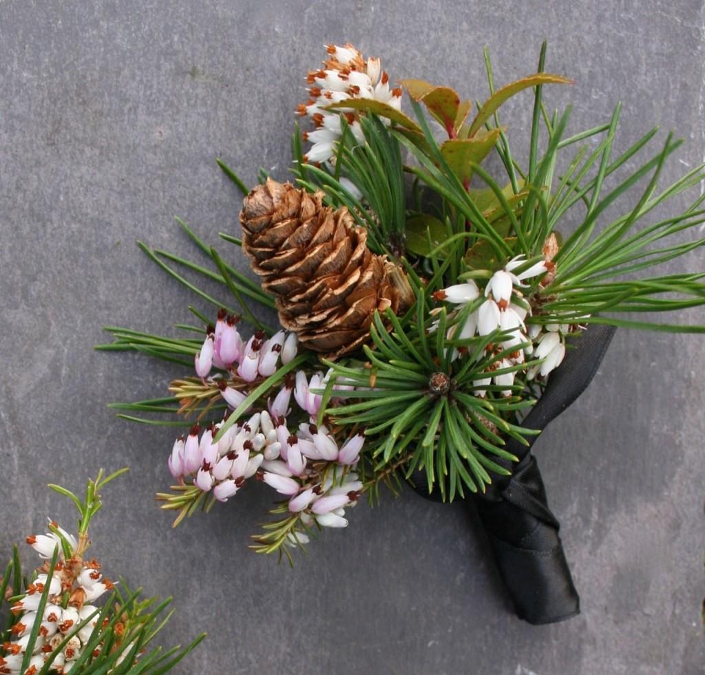natural scottish wedding buttonhole